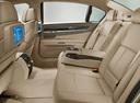 Фото авто BMW 7 серия F01/F02, ракурс: задние сиденья