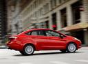 Фото авто Ford Fiesta 6 поколение [рестайлинг], ракурс: 270 цвет: красный