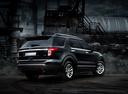 Фото авто Ford Explorer 5 поколение, ракурс: 225 цвет: черный
