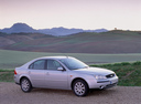 Фото авто Ford Mondeo 3 поколение, ракурс: 270 цвет: серебряный