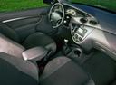 Фото авто Ford Focus 1 поколение, ракурс: торпедо