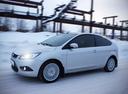 Фото авто Ford Focus 2 поколение [рестайлинг], ракурс: 45 цвет: белый