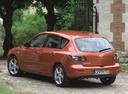 Фото авто Mazda 3 BK, ракурс: 135 цвет: бронзовый