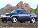 Фото авто Chevrolet SSR 1 поколение, ракурс: 45 цвет: фиолетовый