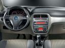 Фото авто Fiat Punto 3 поколение, ракурс: торпедо