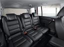 Фото авто Volkswagen Touran 1 поколение [2-й рестайлинг], ракурс: задние сиденья