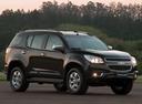 Фото авто Chevrolet TrailBlazer 2 поколение, ракурс: 315 цвет: черный