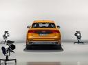 Фото авто Audi Q8 1 поколение, ракурс: 180 цвет: оранжевый