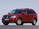 Фото авто Dodge Journey 1 поколение, ракурс: 45 цвет: красный