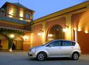 Фото авто Toyota Corolla Verso 1 поколение [рестайлинг], ракурс: 90