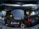Фото авто Renault Logan 1 поколение, ракурс: двигатель