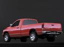 Фото авто Dodge Ram 3 поколение, ракурс: 135 цвет: красный
