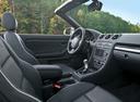 Фото авто Audi RS 4 B7, ракурс: торпедо