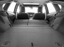 Фото авто Toyota Prius 3 поколение [рестайлинг], ракурс: багажник
