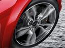 Фото авто Audi TT 8S, ракурс: колесо цвет: красный