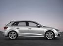 Фото авто Audi A3 8V, ракурс: 270 цвет: серебряный