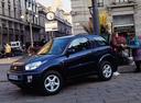 Фото авто Toyota RAV4 2 поколение, ракурс: 45