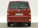 Фото авто Volkswagen Multivan T5, ракурс: 180 цвет: красный