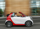 Фото авто Smart Fortwo 3 поколение, ракурс: 270 цвет: белый