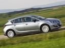 Фото авто Opel Astra J [рестайлинг], ракурс: 270 цвет: серебряный