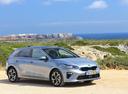 Фото авто Kia Cee'd 3 поколение, ракурс: 315 цвет: серый