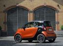 Фото авто Smart Fortwo 3 поколение, ракурс: 135 цвет: оранжевый