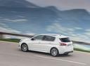 Фото авто Peugeot 308 T9 [рестайлинг], ракурс: 135 цвет: белый