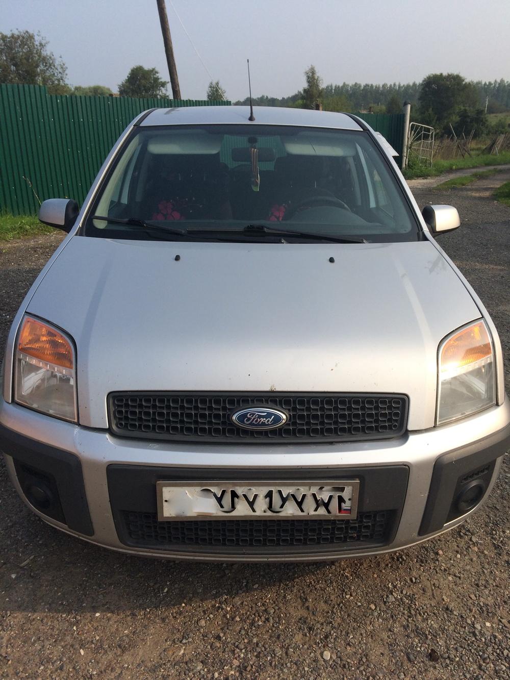 Подержанный Ford Fusion, отличное состояние, серебряный металлик, 2008 года выпуска, цена 310 000 руб. в Смоленской области