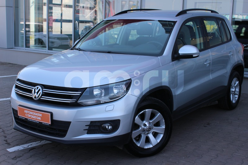 Volkswagen Tiguan с пробегом, серебряный , отличное состояние, 2013 года выпуска, цена 865 000 руб. в автосалоне  ()