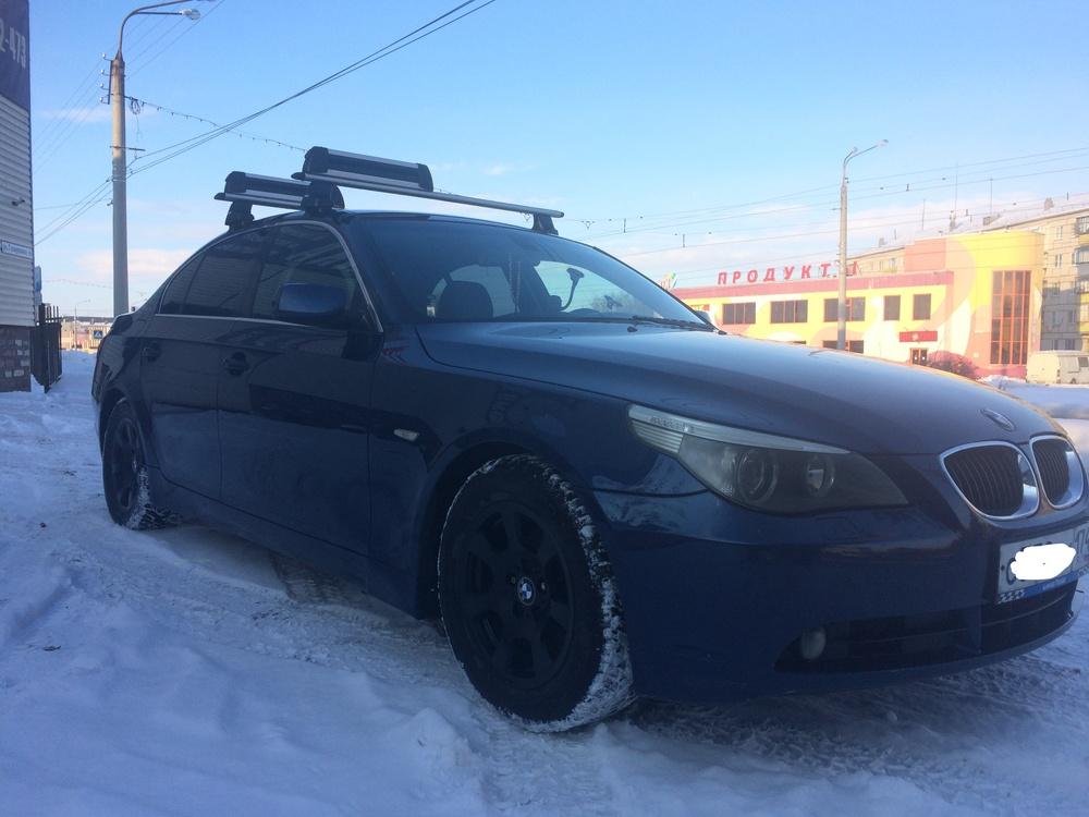 Подержанный BMW 5 серия, хорошее состояние, синий , 2004 года выпуска, цена 550 000 руб. в Челябинской области