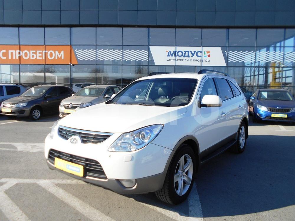 Hyundai ix55 с пробегом, белый , отличное состояние, 2010 года выпуска, цена 820 000 руб. в автосалоне  ()