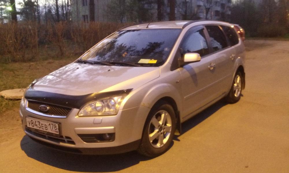 Подержанный Ford Focus, отличное состояние, серебряный , 2007 года выпуска, цена 310 000 руб. в Санкт-Петербурге