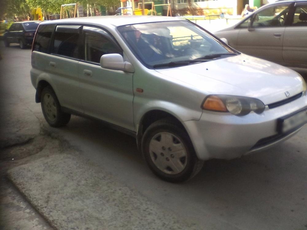 Подержанный Honda HR-V, хорошее состояние, серый перламутр, 2000 года выпуска, цена 280 000 руб. в ао. Ханты-Мансийском Автономном округе - Югре