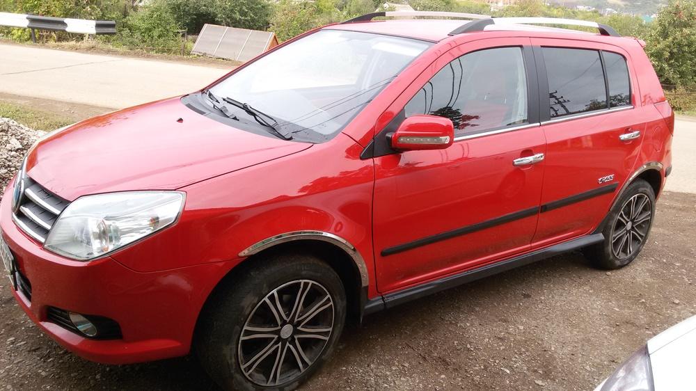 Подержанный Geely MK, отличное состояние, красный металлик, 2013 года выпуска, цена 260 000 руб. в республике Татарстане