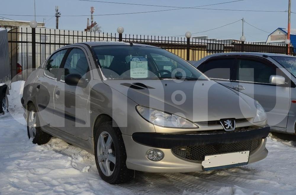 Peugeot 206 с пробегом, серый , отличное состояние, 2007 года выпуска, цена 197 000 руб. в автосалоне  ()