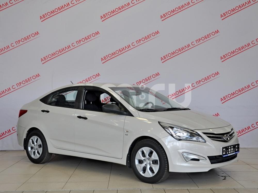 Hyundai Solaris с пробегом, бежевый металлик, отличное состояние, 2015 года выпуска, цена 559 000 руб. в автосалоне NORTH-AUTO (Санкт-Петербург, пр-кт Маршала Блюхера, д. 54, корп. 1)