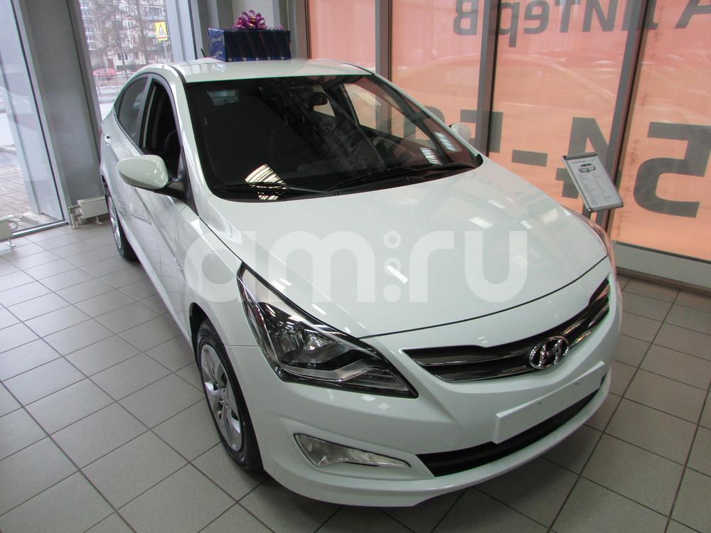 Hyundai Solaris с пробегом, белый , отличное состояние, 2015 года выпуска, цена 678 000 руб. в автосалоне  ()