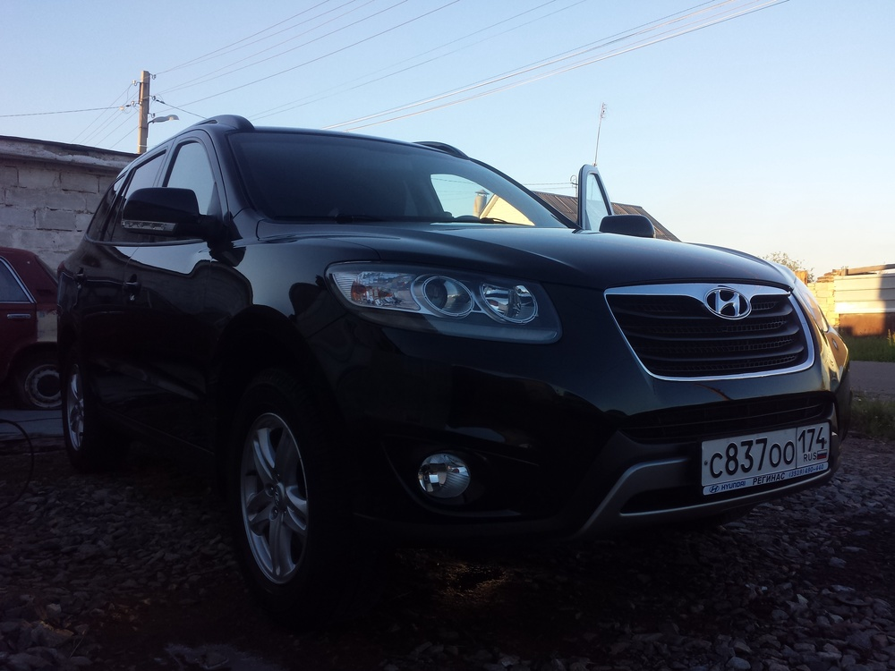 Подержанный Hyundai Santa Fe, отличное состояние, черный , 2011 года выпуска, цена 880 000 руб. в Челябинской области