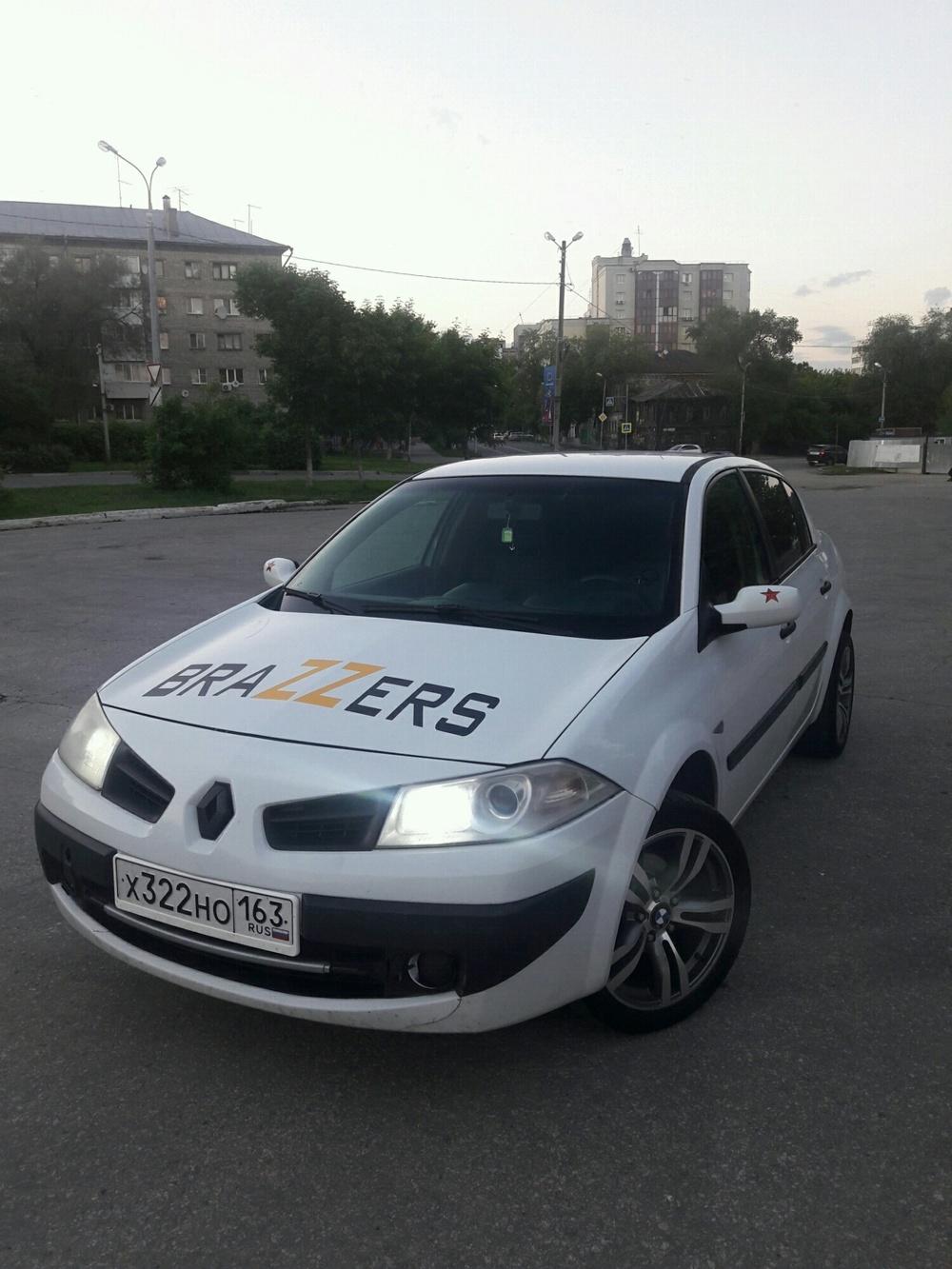 Подержанный Renault Megane, хорошее состояние, белый , 2008 года выпуска, цена 310 000 руб. в Самаре