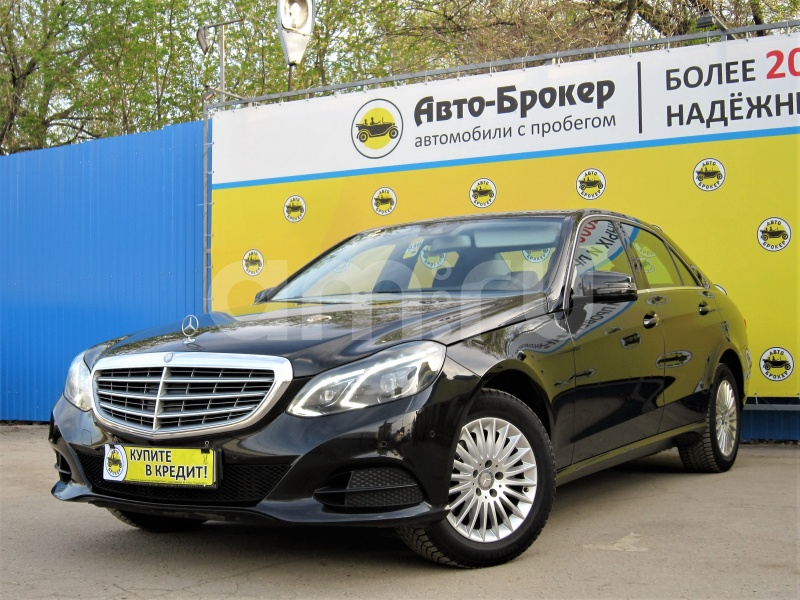 Mercedes-Benz E-Класс с пробегом, черный , отличное состояние, 2015 года выпуска, цена 1 630 000 руб. в автосалоне  ()