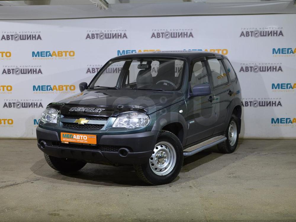 Chevrolet Niva с пробегом, зеленый , отличное состояние, 2013 года выпуска, цена 340 000 руб. в автосалоне  ()