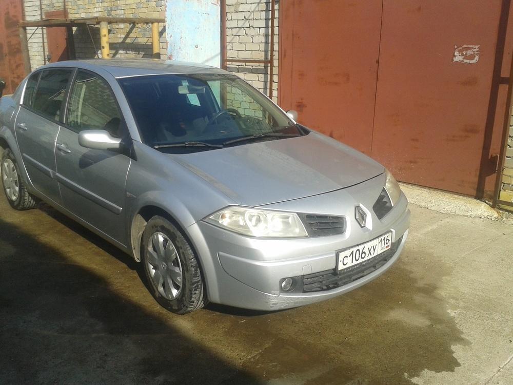 Подержанный Renault Megane, хорошее состояние, серебряный , 2007 года выпуска, цена 280 000 руб. в республике Татарстане