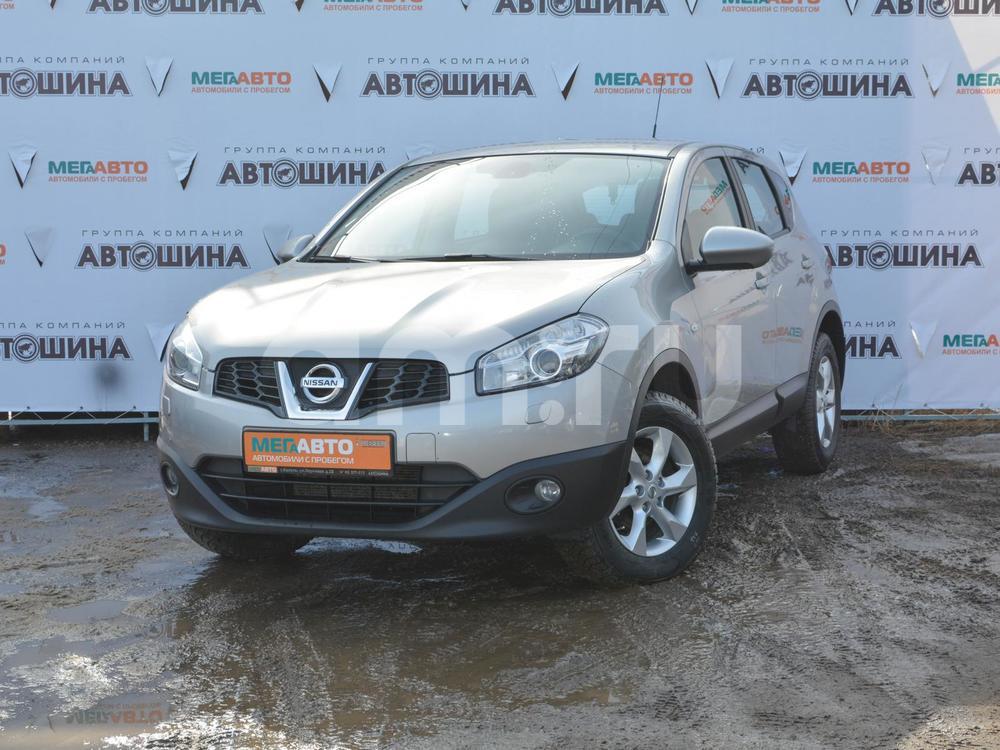 Nissan Qashqai с пробегом, серебряный , отличное состояние, 2012 года выпуска, цена 670 000 руб. в автосалоне  ()