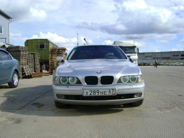 Подержанный BMW 5 серия, хорошее состояние, серебряный металлик, 1999 года выпуска, цена 348 000 руб. в Смоленской области