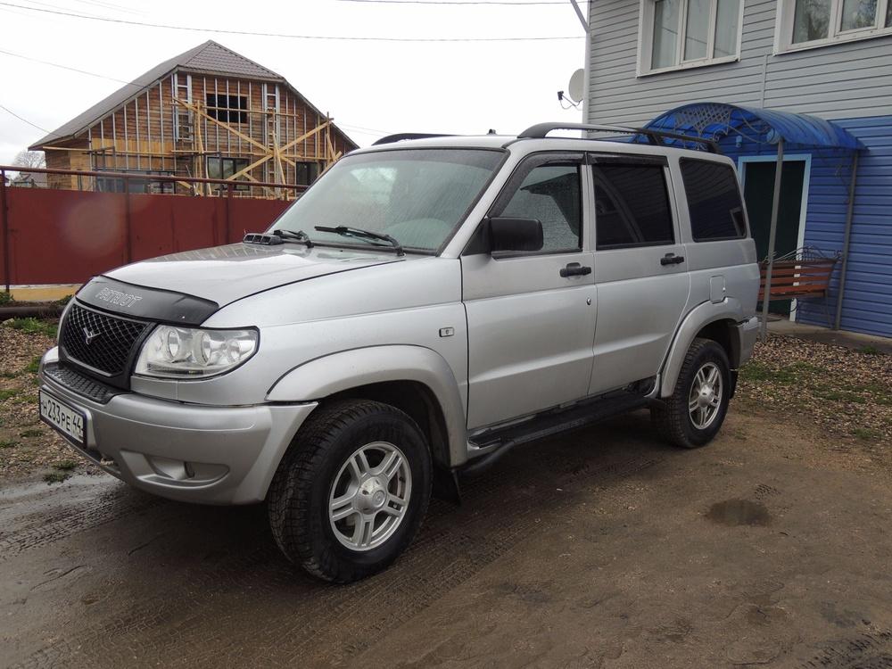 Подержанный УАЗ Patriot, отличное состояние, серебряный , 2012 года выпуска, цена 400 000 руб. в Костромской области