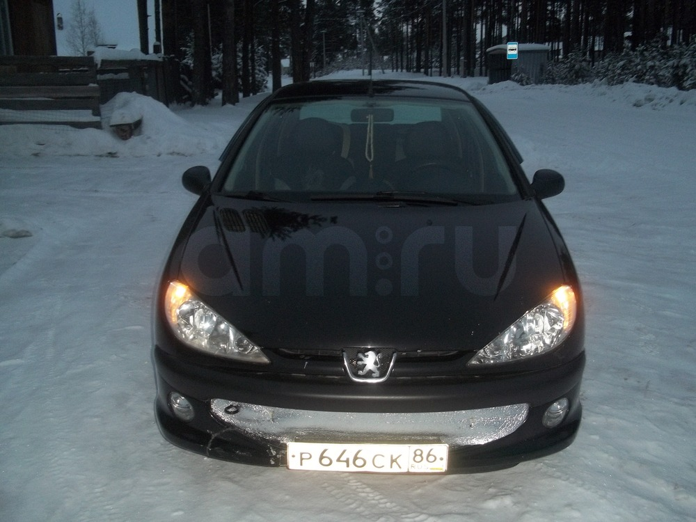 Подержанный Peugeot 206, хорошее состояние, черный , 2008 года выпуска, цена 150 000 руб. в ао. Ханты-Мансийском Автономном округе - Югре