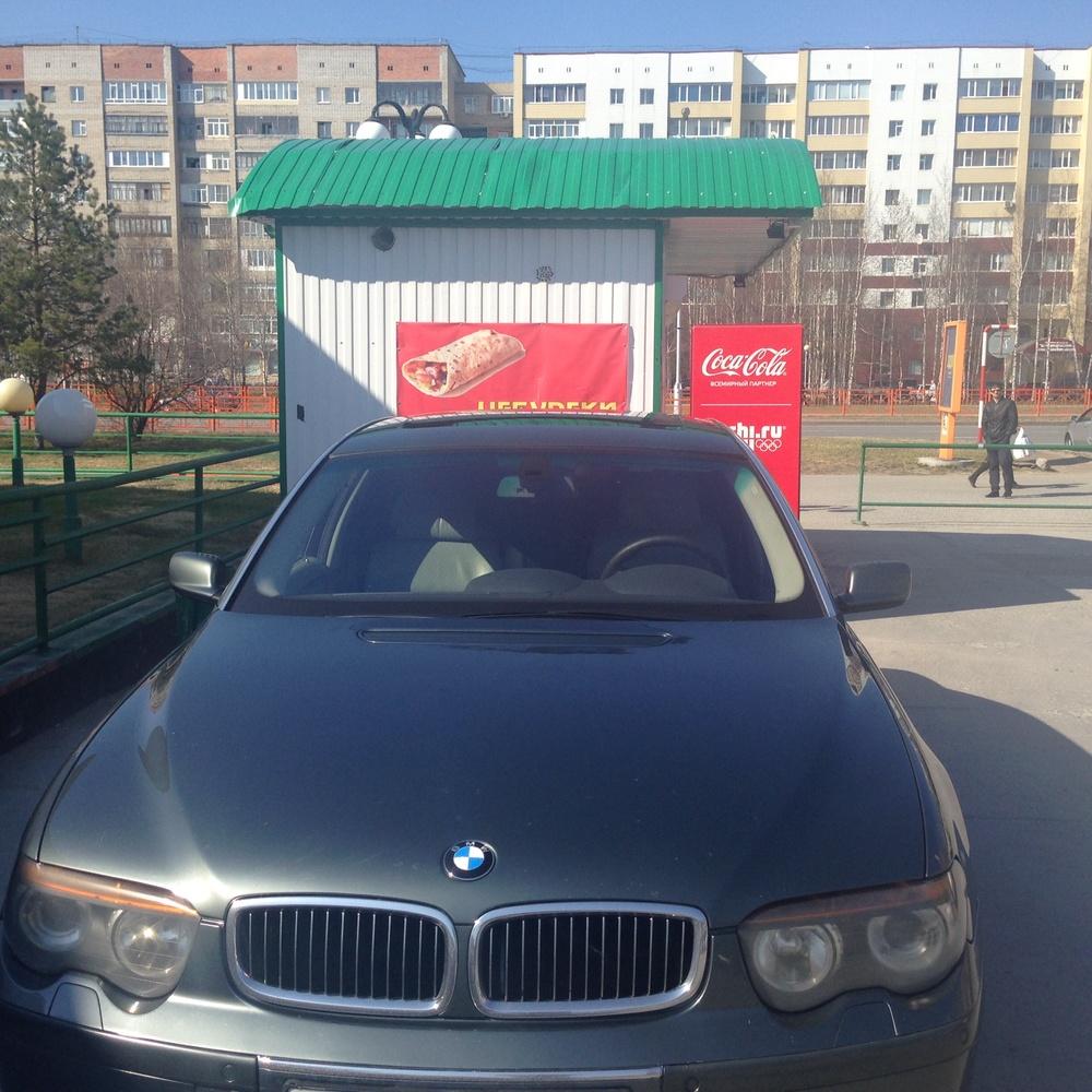 Подержанный BMW 7 серия, хорошее состояние, серый металлик, 2002 года выпуска, цена 450 000 руб. в ао. Ханты-Мансийском Автономном округе - Югре