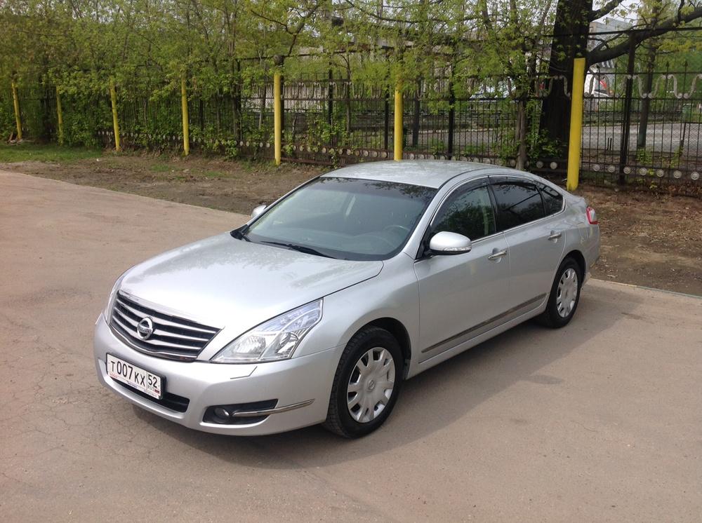 Подержанный Nissan Teana, хорошее состояние, серебряный , 2012 года выпуска, цена 675 000 руб. в Нижнем Новгороде