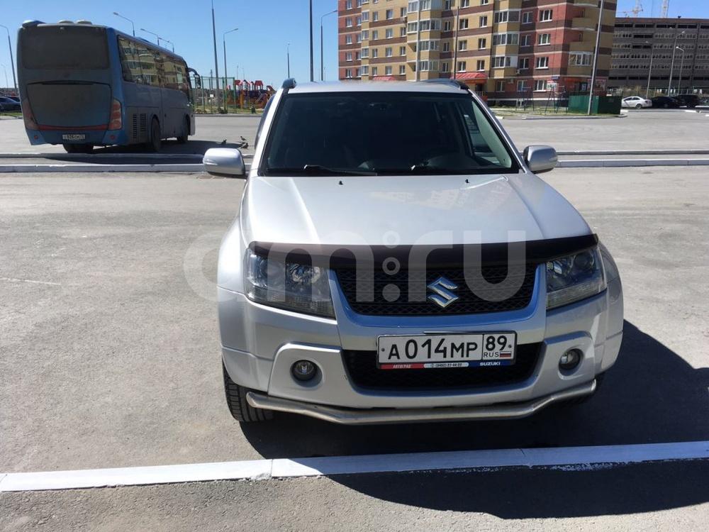 Подержанный Suzuki Grand Vitara, отличное состояние, серебряный , 2011 года выпуска, цена 812 000 руб. в Тюмени