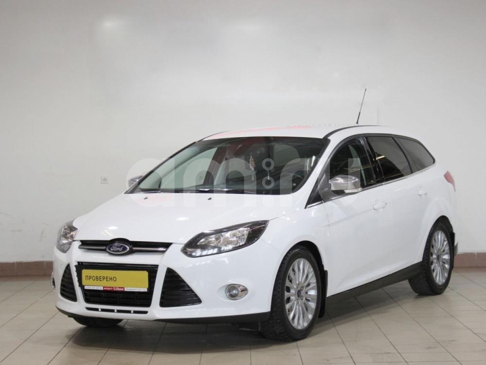 Ford Focus с пробегом, белый , отличное состояние, 2014 года выпуска, цена 559 000 руб. в автосалоне  ()